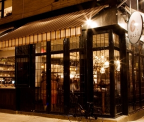 Restaurant Cacher Basil Pizza & Wine Bar - 1