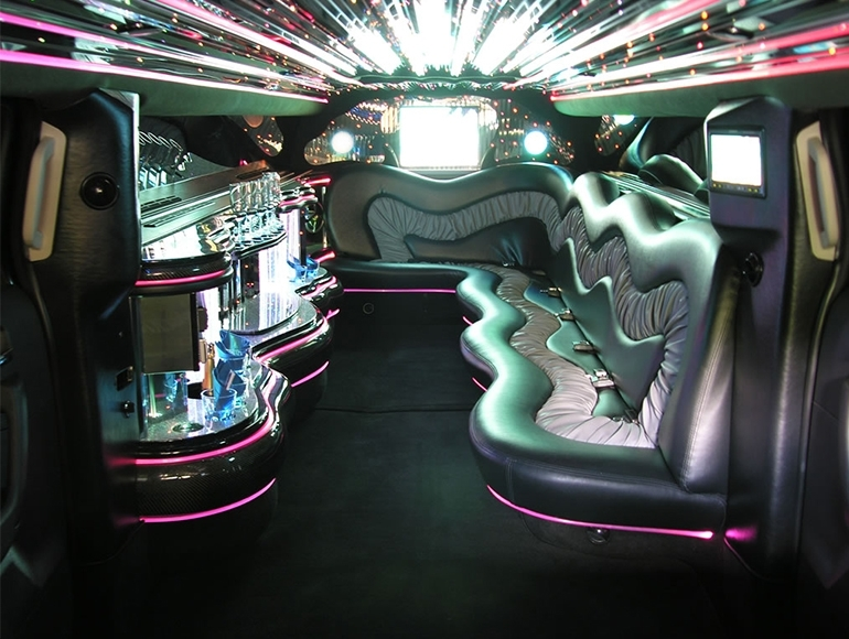 majestic limousine location voiture mariage ormoy 91540. Black Bedroom Furniture Sets. Home Design Ideas