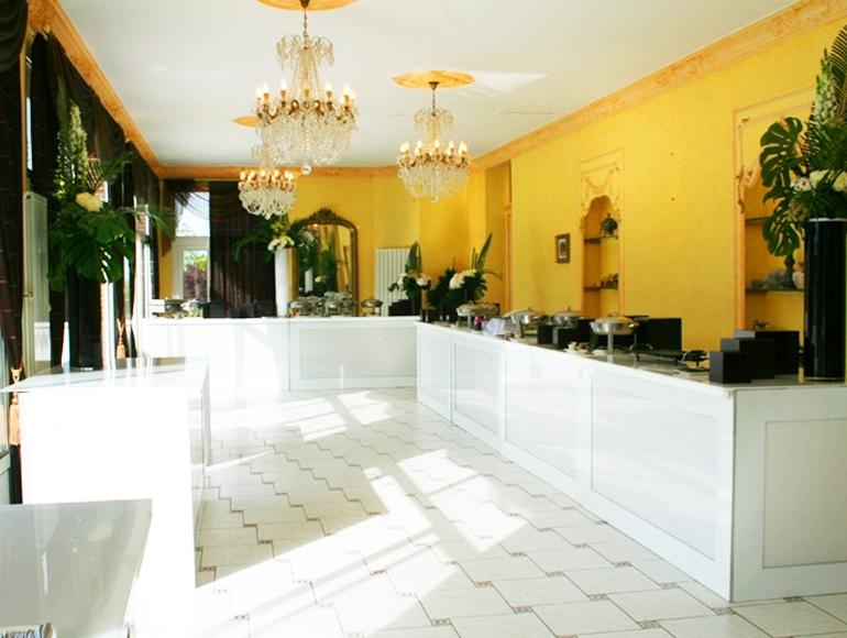 le ch teau de chaumont location salle chaumont sur yonne 89334. Black Bedroom Furniture Sets. Home Design Ideas